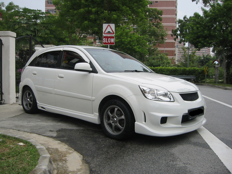Kia Rio 2010 Black. What is it that makes your Rio