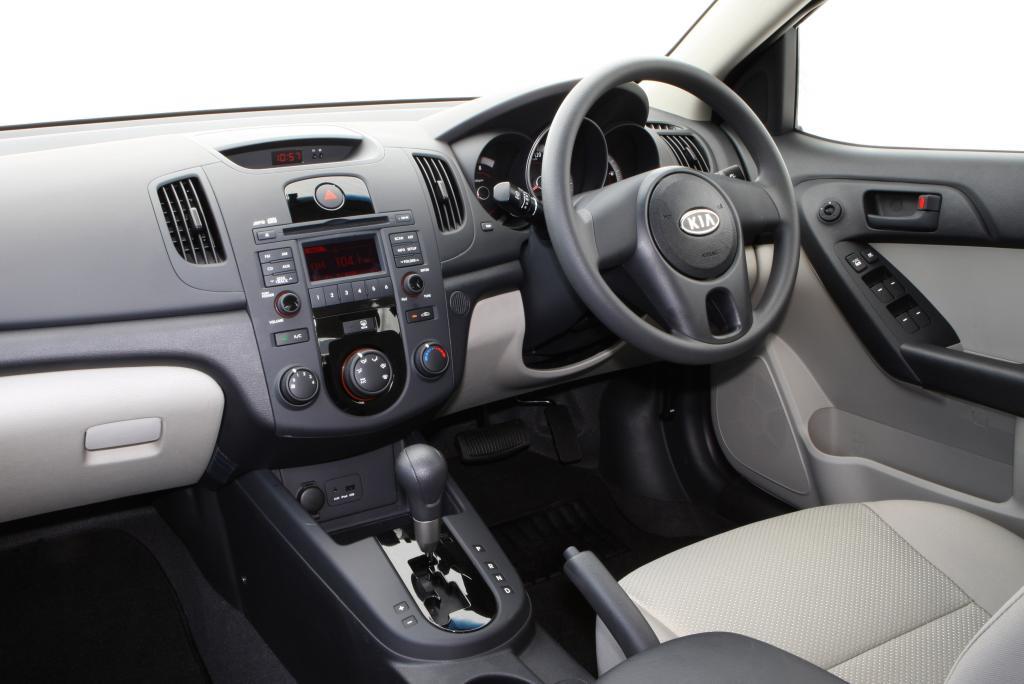Kia Cerato Koup 2010 Black. Kia+cerato+koup+interior