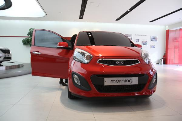Red Kia Morning / Picanto 5-door 2012 Model Year images ...