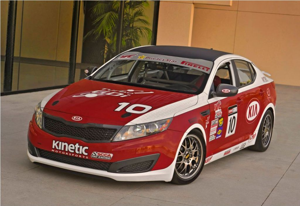 a pair of kia optima turbo sx 39 s to race 2012 world. Black Bedroom Furniture Sets. Home Design Ideas