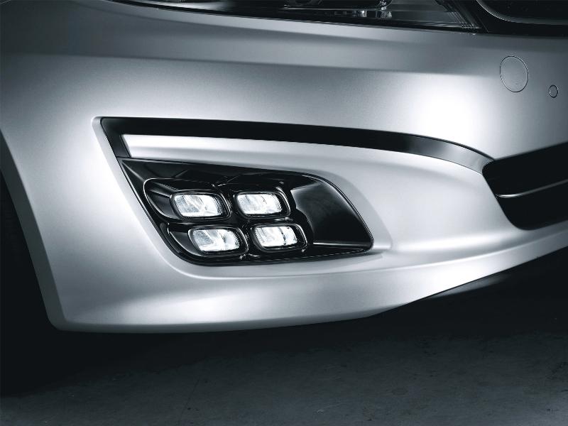Debadged - 3000K HIDs - KDM Airbag - Black Chrome Rear Wing - LED ...