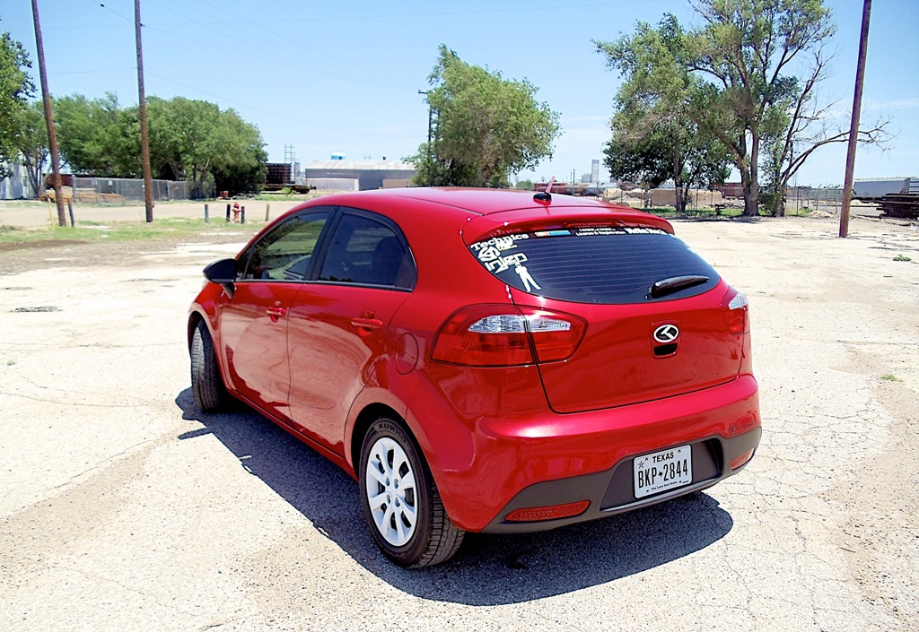 Sweet Kia Rio Painted In Signal Red Color Best