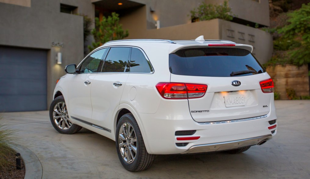 kia launches 2016 sorento cuv 5 things you need to know kia news blog. Black Bedroom Furniture Sets. Home Design Ideas