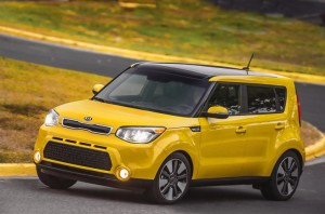 The 2016 Kia Soul Base Model Comes Standard With Convenience Package Which Features A 4 3 Inch Color Touchscreen Integrated Rear Camera Display