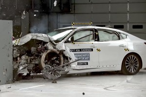Kia Cadenza Crash Test Results 2017