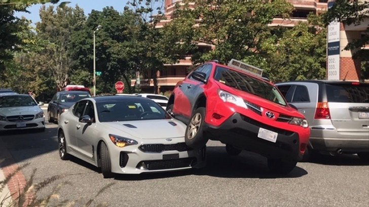Kia Stinger in an accident