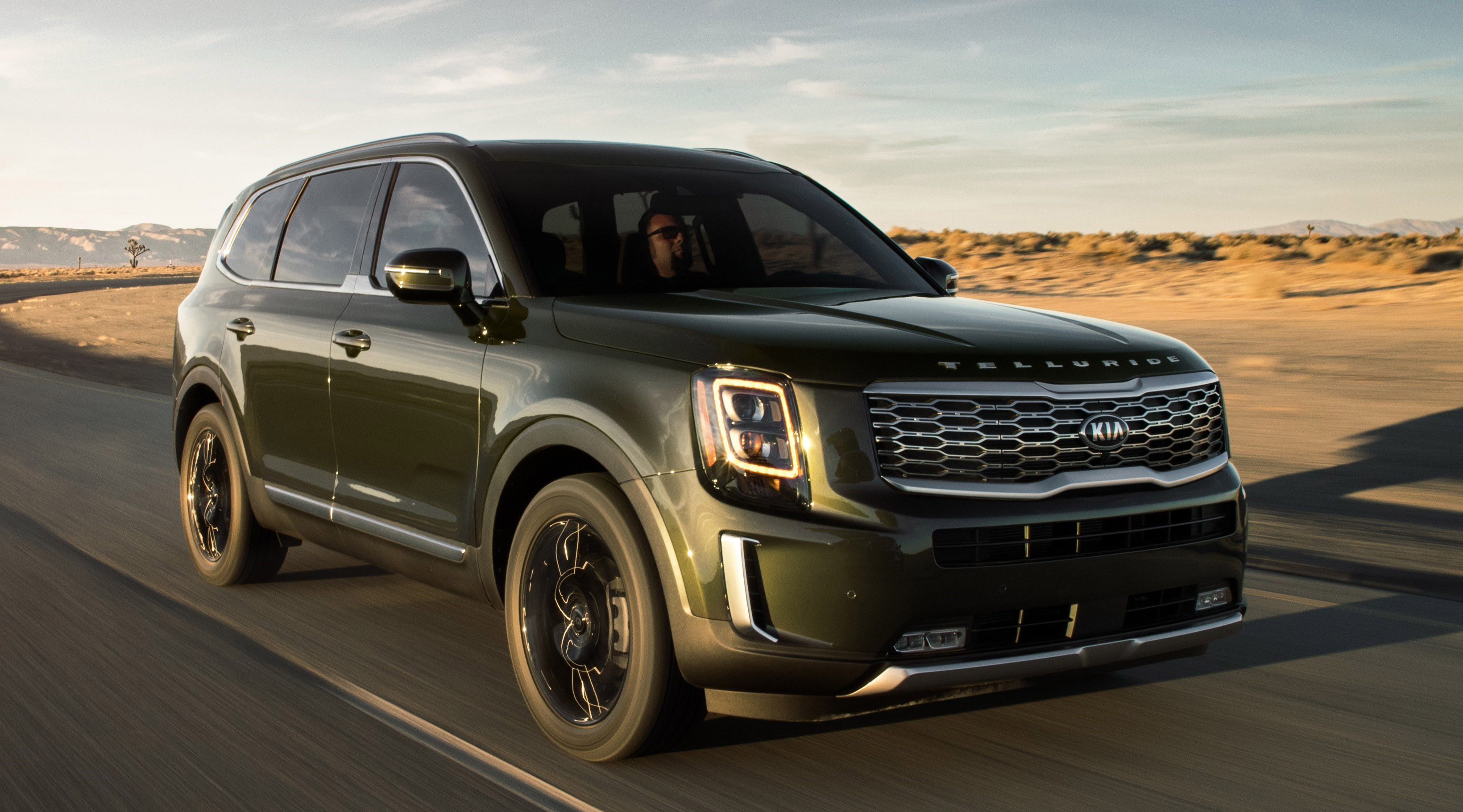 What Kind Of Kia Telluride Trunk Accessories Are Available?
